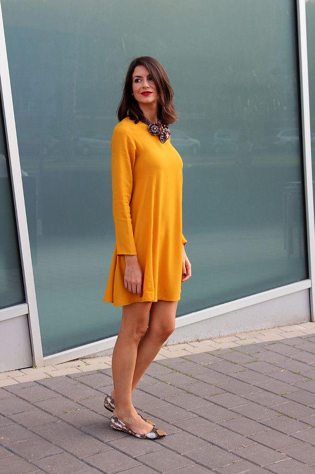 Looks con vestidos mostaza - Trendtation