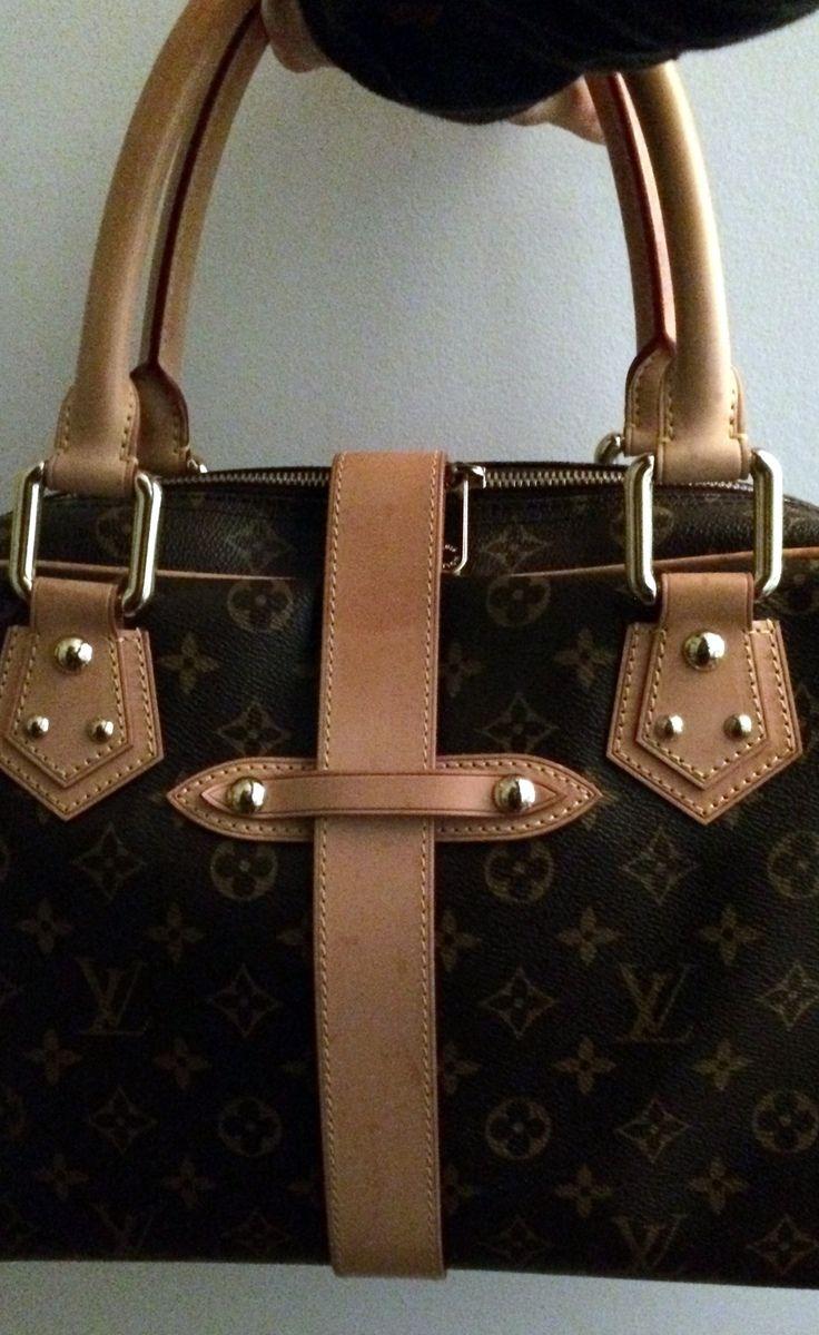 Louis Vuitton Handbag | VAUNTE