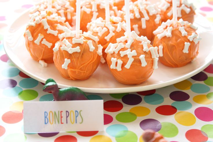 Dinosaur party food / dessert table Cake pops