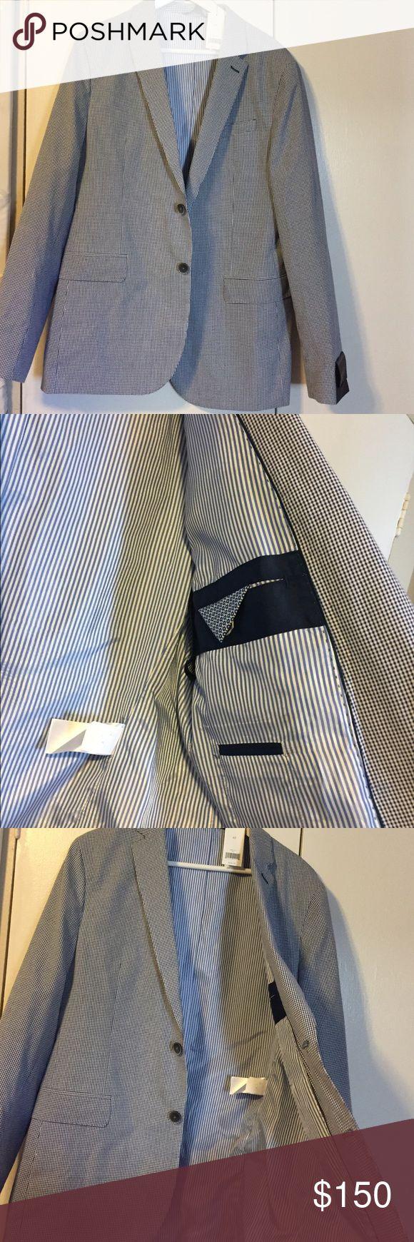 Selling this Men's Banana Republic White& Blue Checkered Blazer on Poshmark! My username is: macurtis11. #shopmycloset #poshmark #fashion #shopping #style #forsale #Banana Republic #Other