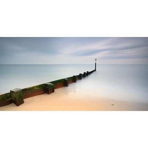 UKOJENIE MARCIN BERA . KRAJOBRAZ Profesjonalna fotografia kolorowa obejmująca delikatne przejścia barw i niepowtarzalny nastrój, jakiego dostarczają ocean i współczesne techniki fotograficzne.