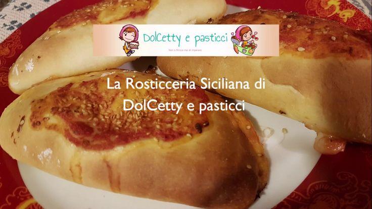 Calzoni al forno ( rosticceria siciliana )