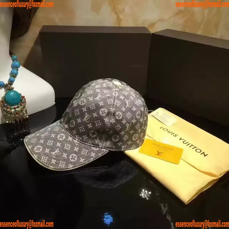 Replica Hats Louis Vuitton Hats Q104PP70 AA14251