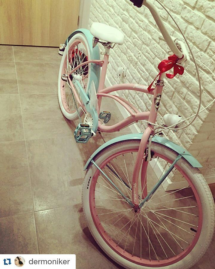 En la foto bicicleta de paseo MIGELLA ❤ de la casa #plumbike disponible en nuestra tienda http://favoritebike.com/shop/bicicletas-urbanas/bicicleta-de-moda-urbana-la-donna-migella/ Bicicleta de moda urbana LA DONNA MIGELLA Repost @dermoniker ・・・ #FavotiteBike #biciclasica #bicycle #mybike #bicicleta #shopoholic #fashion #lovebike #ciclismo #buenosdías #lunes #instamood #picoftheday #fitgirl #health #diseño #españa #solo #paramujeres #gowork #mañana #hola #loveit