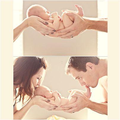 İyi anne baba olmak, sanıldığı kadar zor değil. Sevgi duymak ve bunu çocuklarımızla paylaşmak ilk adım. Çocuklarınızı sevmekten korkmayın! www.nevatoys.com #nevatoys #oyuncak #ahsapoyuncak #oyun #eglence #egitici #play #game #saglik #anne #baba #cocuk #aile #family