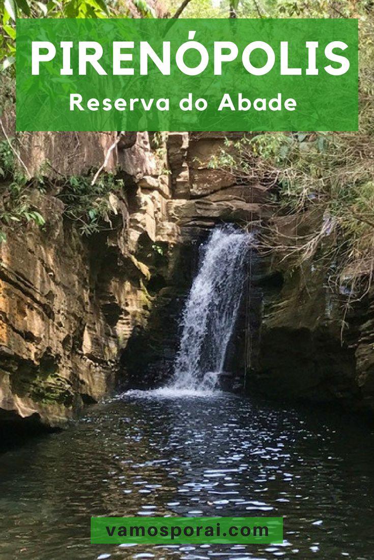 Programando visitar Pirenópolis? A cidade é famosa por suas belas cachoeiras. Não deixe de fora de seu roteiro a Reserva do Abade. #dicasdeviagem #pirenópolis #cachoeira #goiás