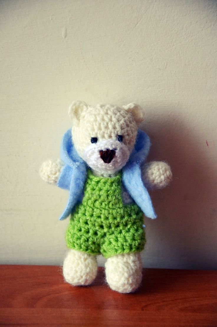 little crocheted teddy