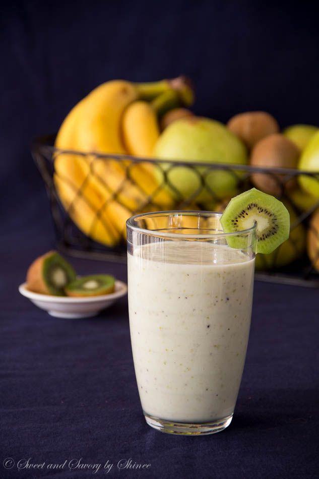 Pear Kiwi Banana Smoothie ~Sweet and Savory by Shinee
