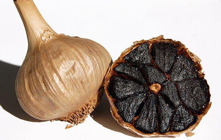 Salsas JR, pionera en la transformación del Ajo Morado, lanza su última innovación para la gastronomía, el Ajo Negro Black Allium.