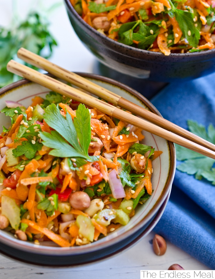 Healthy and Delicious Asian Salad by The Endless Meal: Ultimate Spider-Man, Salad Recipes, Salad Dresses, Ultimate Asian, Enchiladas Recipes, Asian Salads, Asiansalad, Crunchi Asian, Endless Meals