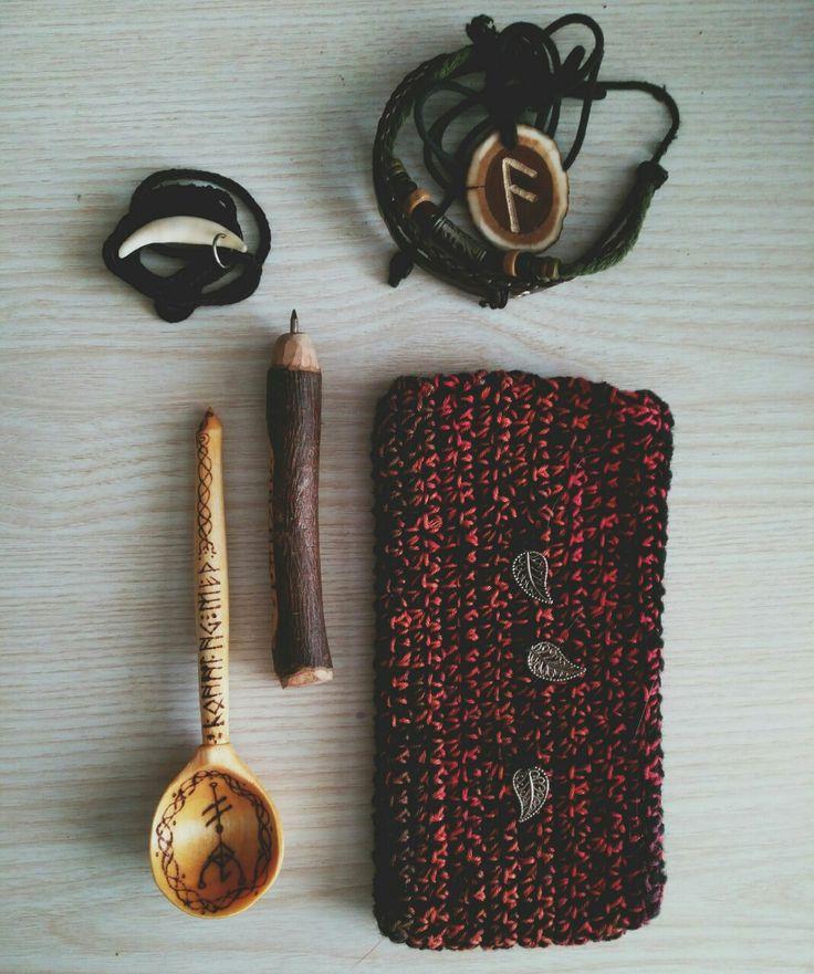 Modern paganism. Heathen treasures. Handmade collection.  Nyhedendom. Hedensk skatter. Håndlaget samling.   Современное язычество. Сокровища язычника. Коллекция ручной работы.