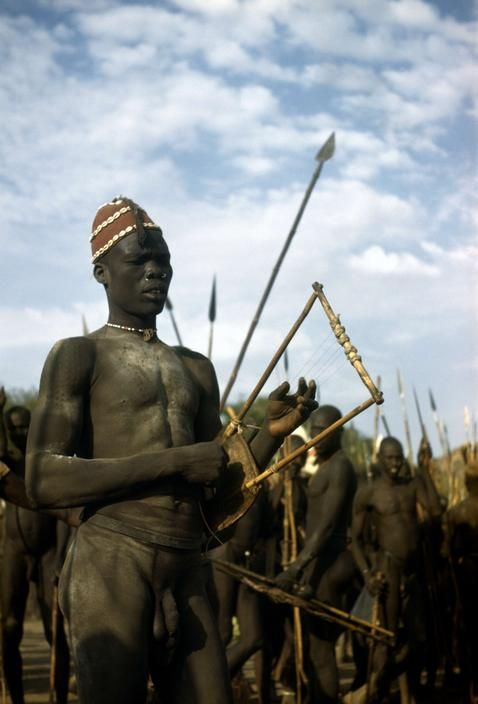 Africa | A gathering of the Nuba tribe in the Korongo ...