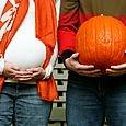 cute bump 'n' pumpkin pic if your pregnant in the fall