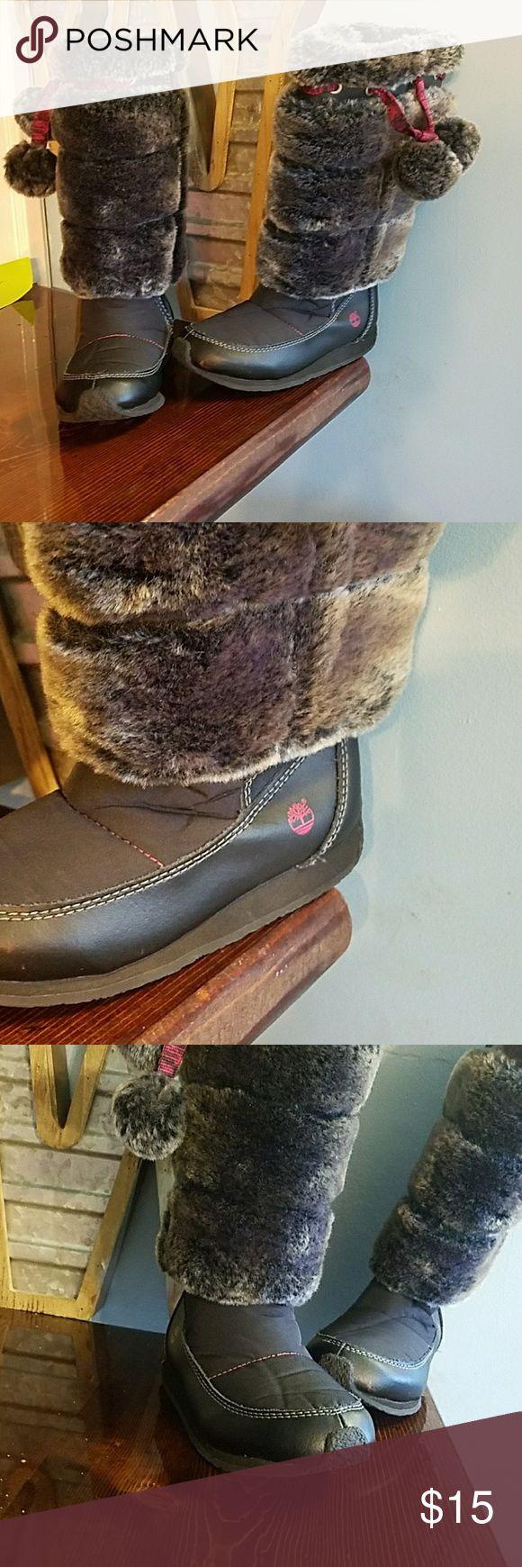 Timberland girls winter boots size 11 Super cute furry timberland boots for girls size 11 Timberland Shoes Boots