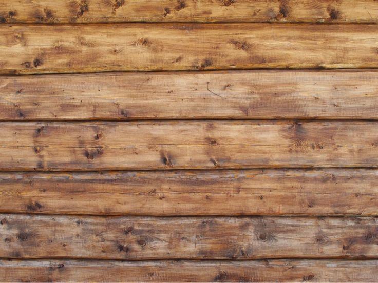 Tapet laftet vegg