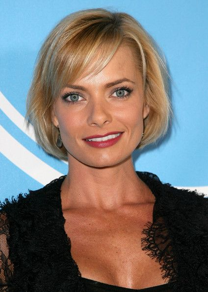Jaime Pressly Bob - Short Hairstyles Lookbook - StyleBistro