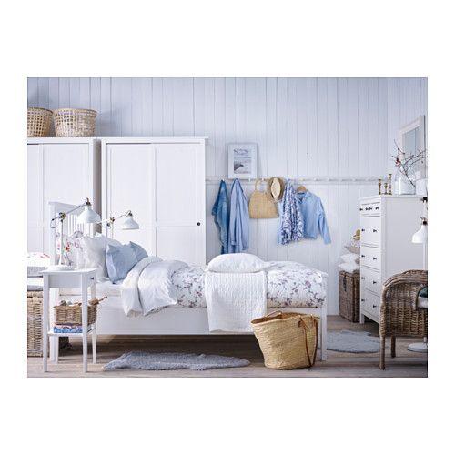 HEMNES Garderobe m 2 skyvedører - hvit beis - IKEA