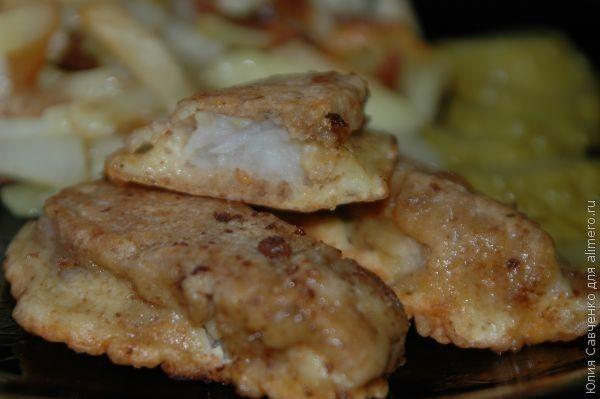 Предлагаю вашему вниманию оригинальный способ приготовления рыбного филе (минтай или др. морская рыба). Приготовление не отнимет у вас много времени, зато результат приятно удивит.  Для рецепта нам…