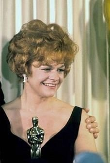 "Estelle Parsons - Best Supporting Actress Oscar for ""Bonnie and Clyde"" 1967"
