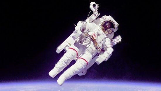 Astronautas são pessoas que fazem atividades de exploração espacial humana. Se sonha em ser astronauta, saiba o que fazer.