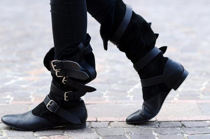 Vivienne Westwood pirate boots, Adam sweater and the Miu Miu bag love you