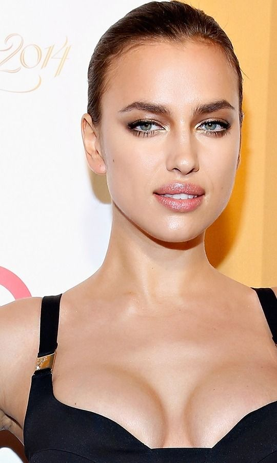 Irina Shayk and Bradley Cooper just gave their daughter the cutest name (yes, it's French). Also, did you know that Bradley is fluent in the language?