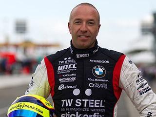 Tom Coronel WTCC coureur en een alles doener op t circuit van Zandvoort!