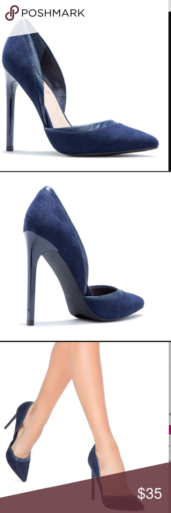 *BRAND NEW* Shoedazzle Navy Classic Pump Faux Velvet and leather classic pump. Elevates sophistication for any outfit, can go from day to night. BRAND NEW!!! Shoe Dazzle Shoes Heels