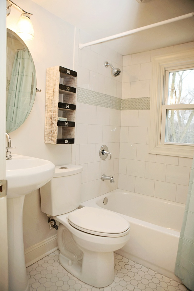 Tiny Fun 1950 39 S Bathroom Remodel White Brick Pattern With Penny Round Accent Tile Vintage