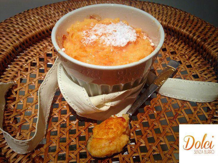 Il SOUFFLÈ DOLCE ALLA PAPAYA è un dolce al cucchiaio facile e veloce da realizzare! Il #soufflé si può realizzare anche #senzalattosio e il gusto delicato della #papaya sono certa vi conquisterà! Preparatelo anche voi! Ecco la #ricetta del #dolce http://www.dolcisenzaburro.it/recipe-items/souffle-dolce-alla-papaya/ #dolcisenzaburro healthy and light desserts cakes sweets