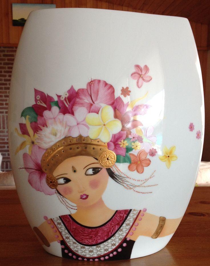 peinture sur porcelaine vase balinaise peinture sur porcelaine pinterest vase. Black Bedroom Furniture Sets. Home Design Ideas