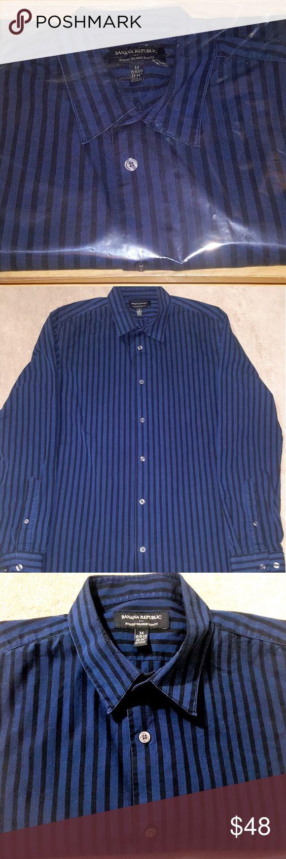 "Banana Republic Button Front Men's Shirt (M) NEW BRAND NEW - Plastic Sealed  Brand - Banana Republic Department - Men's Size - Medium Style - Button Down Dress Shirt Sleeve Length - Long Sleeve Color - Dark Blue Design - Vertical Stripes ( Black ) Measurements - M ( 15-15.5 / 33""-34"" ) MSRP - $79.50  100% Satisfaction / Money Back Gaurenteed Banana Republic Shirts Dress Shirts"