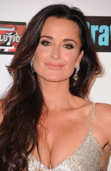 kyle richards..so pretty and THE best hair
