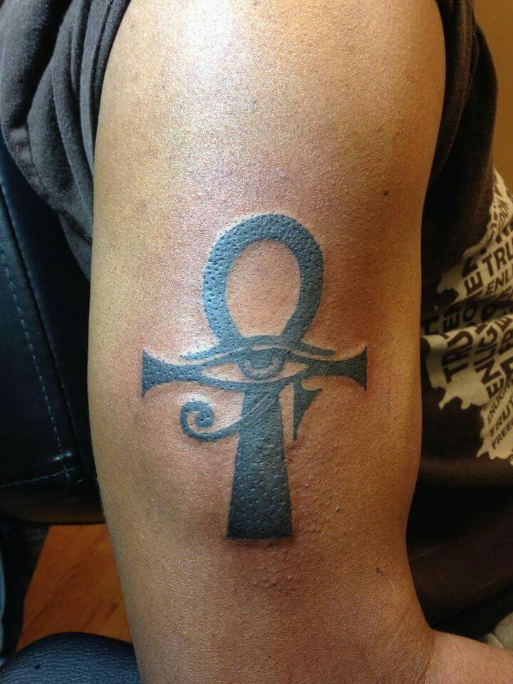 ankh eye of horus tattoos pinterest tattoo tatting and ankh tattoo. Black Bedroom Furniture Sets. Home Design Ideas