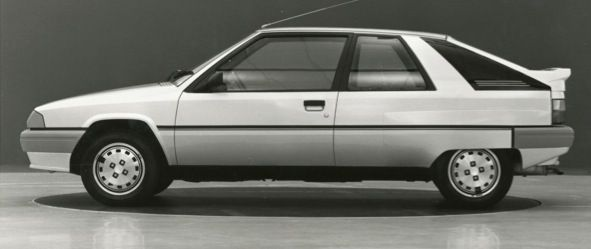 OG | 1982 Citroën BX Coupé | In-house full size proposal from Carl Olsen's team. Left view is Boulevard version.
