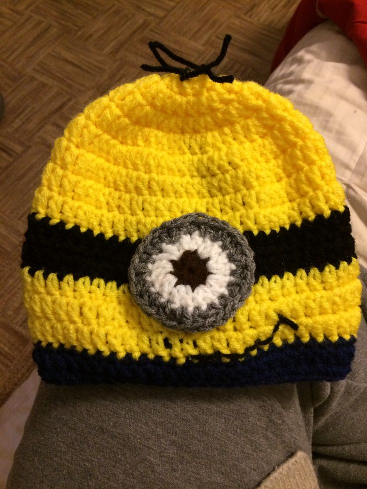 Crochet Pattern For Minion Blanket : Minion crochet hat Blanket patterns: Pinterest