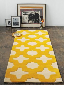 Moroccan Hand Tufted Wool Yellow/white Rug