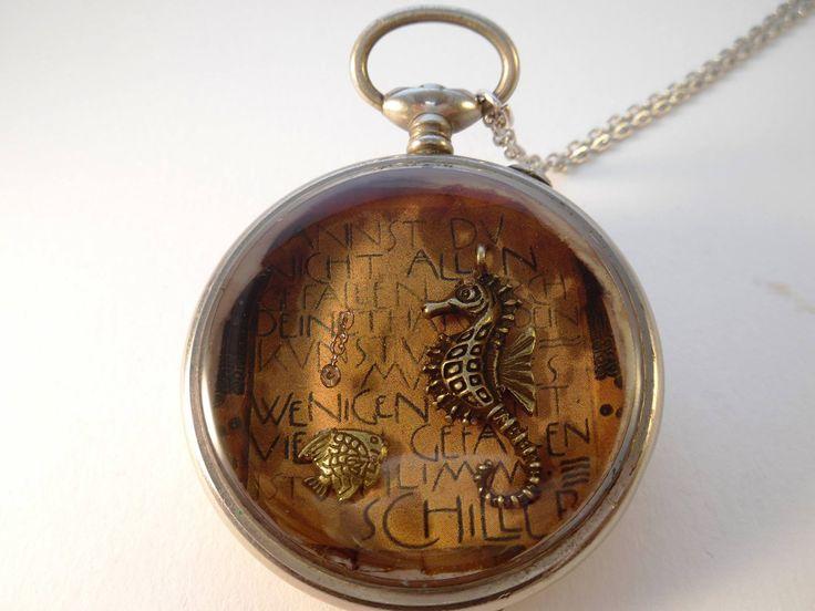 sautoir steampunk °Hyppocampe° montre à gousset et éléments d'horlogerie vintage : Collier par ik-art-by-valerie