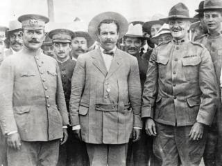 Pancho Villa venció a los gringos -- Pancho Villa y Pershing