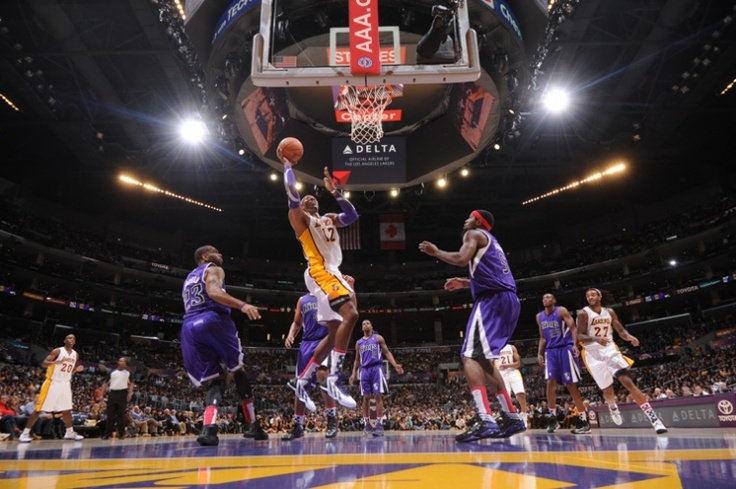 11/11/12 Lakers vs. Kings Gallery | THE OFFICIAL SITE OF THE LOS ANGELES LAKERS