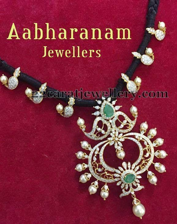 Jewellery Designs: Black Beads Pretty Diamond Set