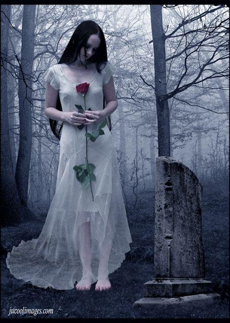 Macabros susurros y un universo de oscuridad: Imágenes góticas ...
