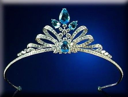 Tiara (aquamarines, diamonds).