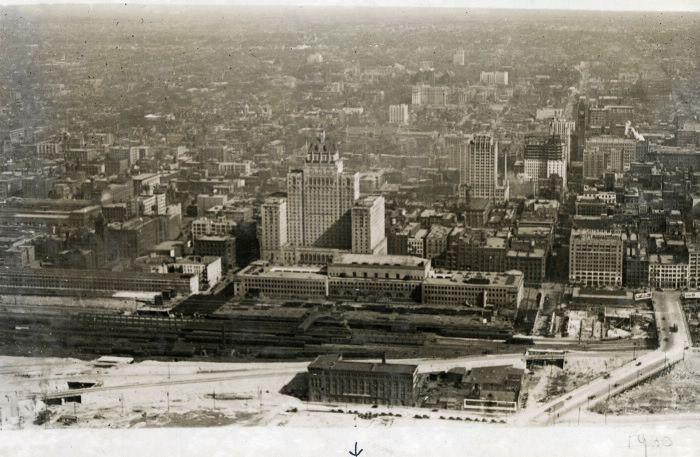 Toronto Downtown 1929. Aerial view, looking north from about the foot of Bay Street.