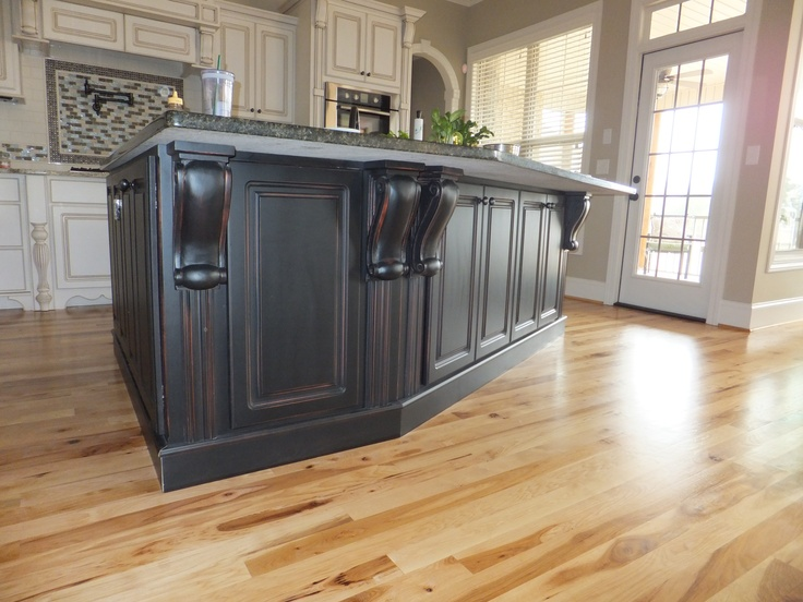 Painted Kitchen Cabinets With Black Granite