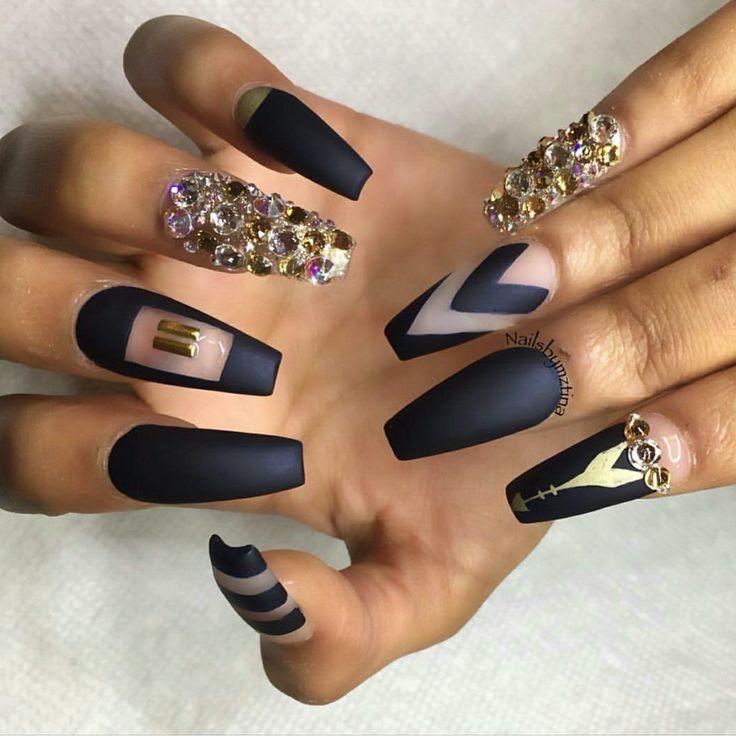 Fancy Black Coffin Nails Matte Photo