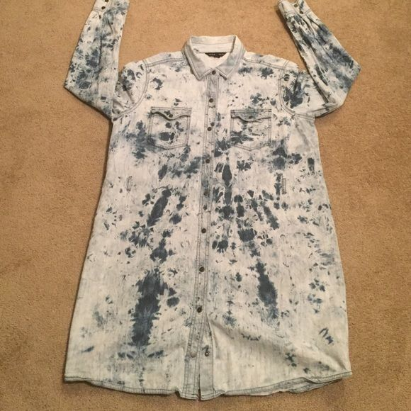 Rock & Republic Jean tie dye shirt Jean tie dye shirt with belt holder Rock & Republic Tops Button Down Shirts