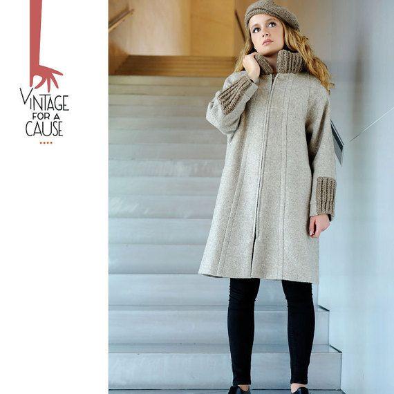 Vintage long beige coat by Vinntagefac on Etsy