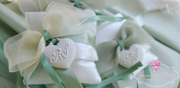 Non solo candele ma anche gessi dalla forme più disparate e dal profumo di altissima qualità, interamente Made in Italy! http://www.emozionicoifiocchi.com/20-gessi-profumati #shoponline #wedding