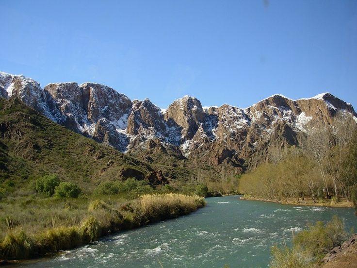 Cañon del Atuel, San Rafael, Mendoza. A un paso de la ruta 40